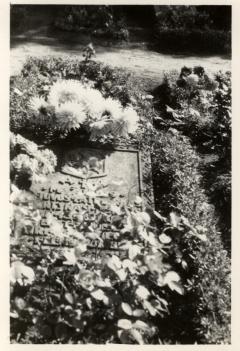 Martyno Jankaus kapas Muetzelburgo kapinėse